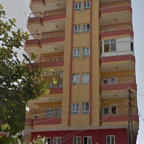 ŞAFAK MAHALLESİ'NDE SATILIK 3+1 DAİRE